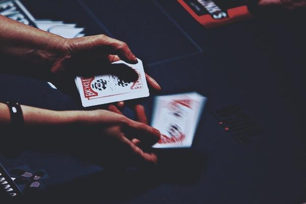 Hal yang harus Dikuasai Pemain agar Selalu Menang Main Poker Online